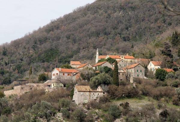 Gornja-Lastva köyü